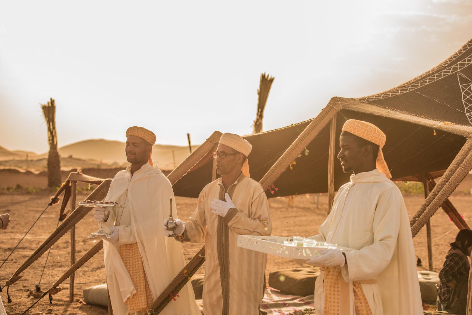 Fêtez le réveillon du nouvel an dans le Sahara